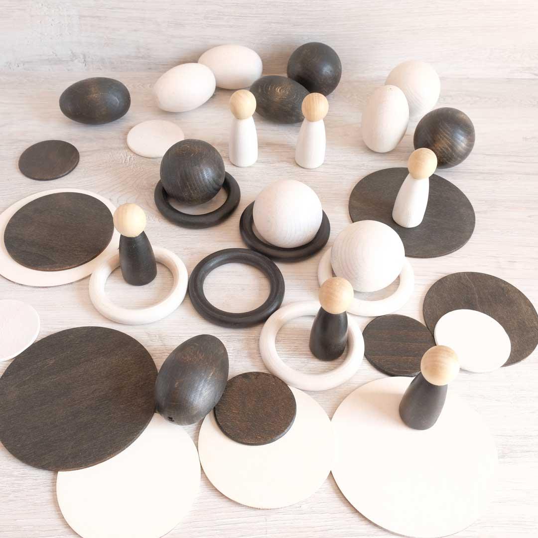 juguetes artesanales blanco y negro