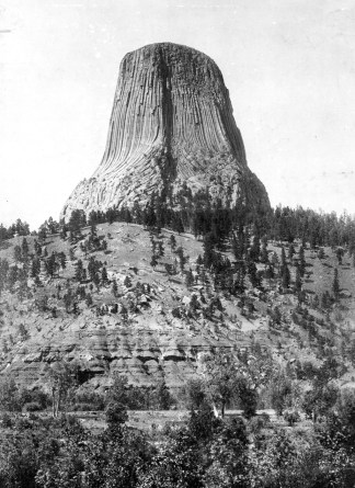 Devil's Tower in 1900