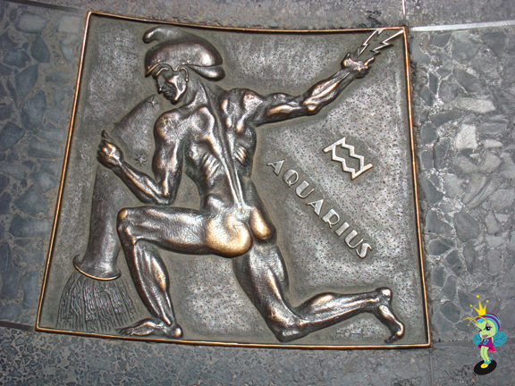 they had some cool Art Deco metal work, I loved this Aquarians ass!