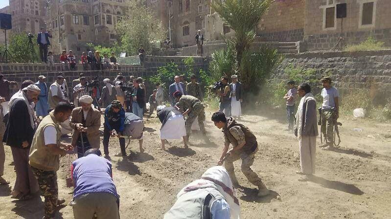 Jemenlog-13/april/17-Aan de slag in de moestuin
