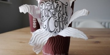 أكواب القهوة