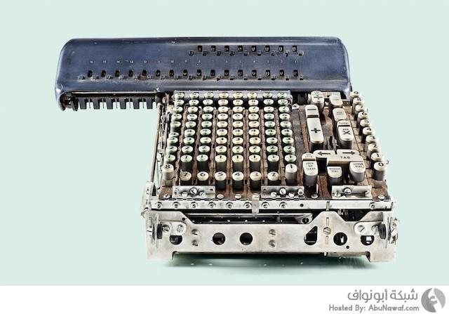 الآلة الحاسبة القديمة مصور