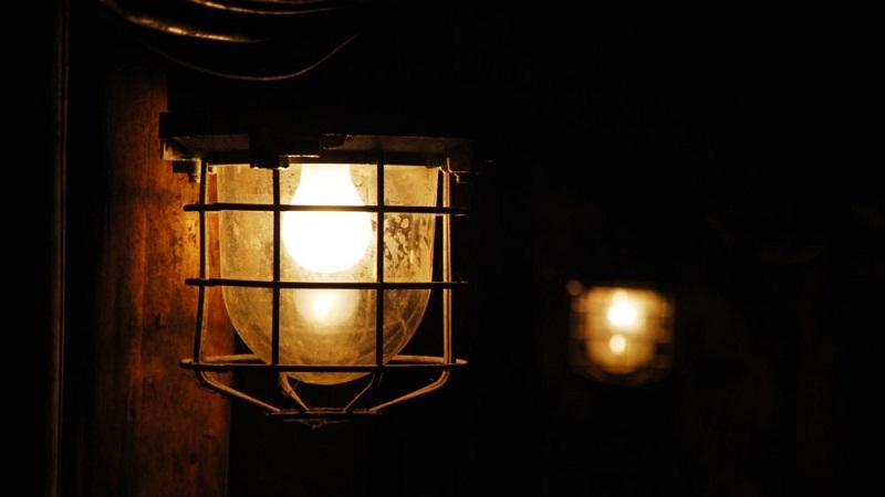اختفاء زيت المصابيح