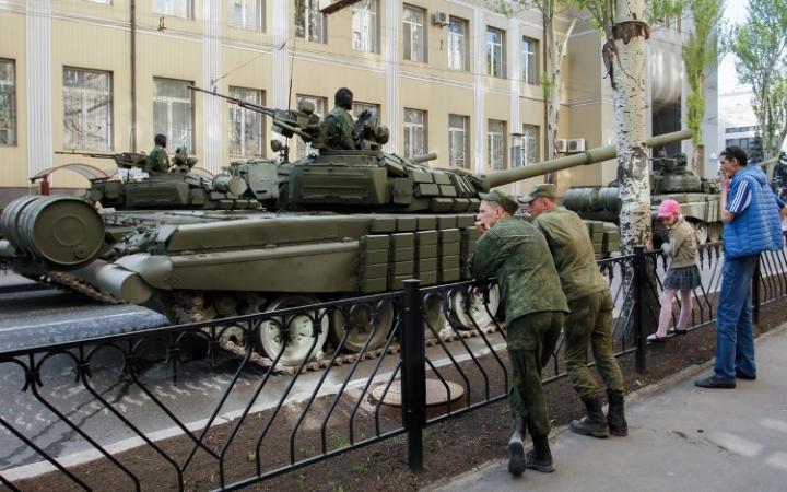 عرض دبابات