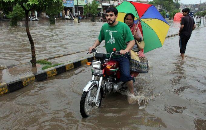 فيضانات في باكستان 2306164