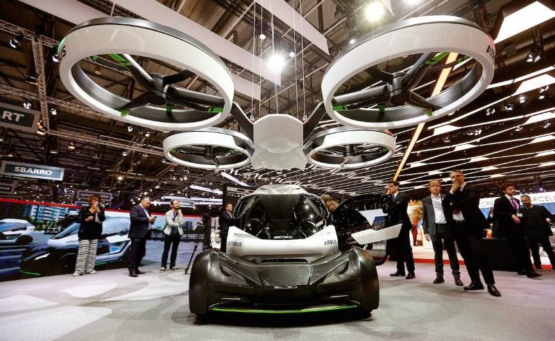 سيارات تكنولوجية غريبة