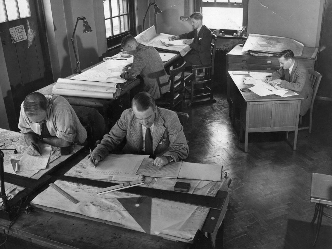 أماكن العمل في الماضي