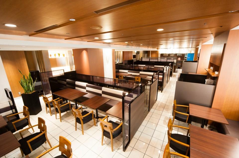 ホテルグランヴィア大阪内のカフェレストラン「リップル」店内写真