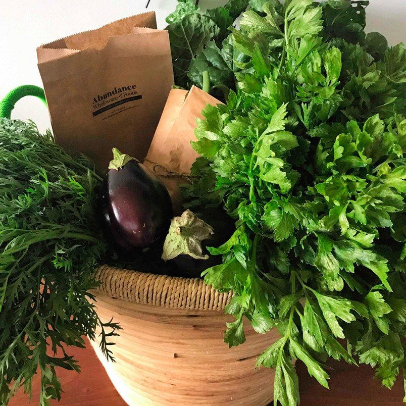Fresh Organic Small Mixed Herbs and Vegetables Basket