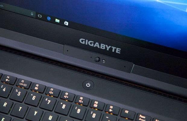 مواصفات وأداء حاسب Gigabyte Aero 15