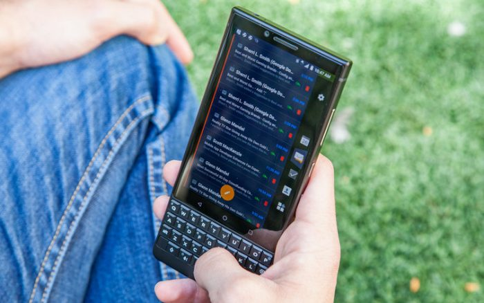 BlackBerry KEY2 Software