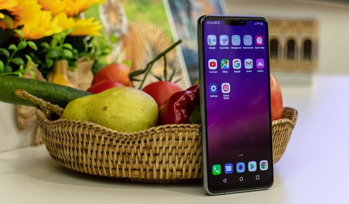 LG G7 ThinQ Display