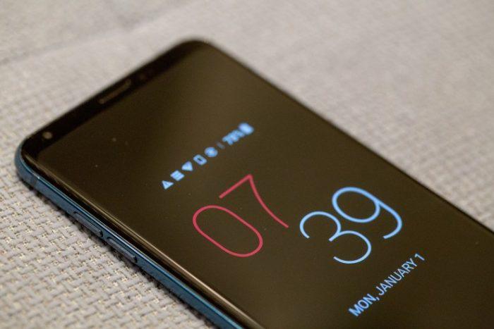 LG V30S ThinQ Display