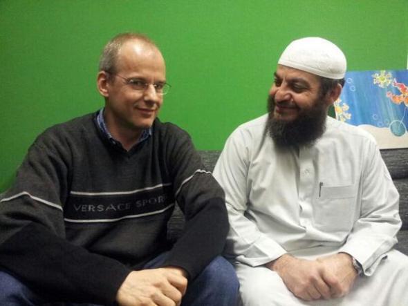 Arnoud Van Doorn bersama Haitsam al-Haddad
