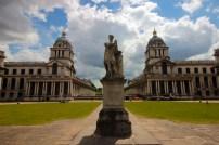 Praça central da Old Royal Naval College.