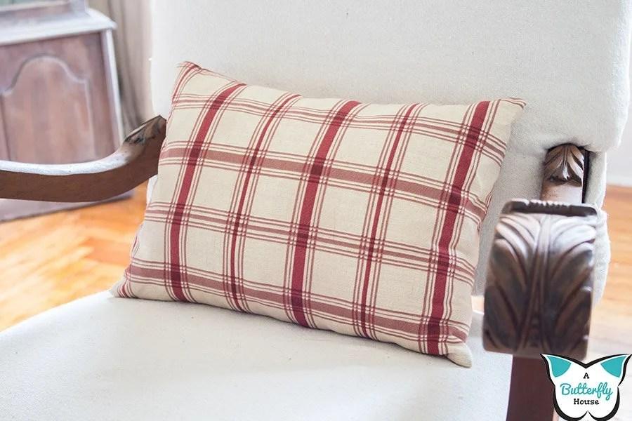 how to make a cheap diy pillow insert