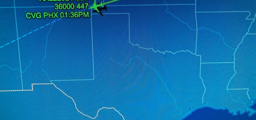 UFO Reported by American Airlines Pilot