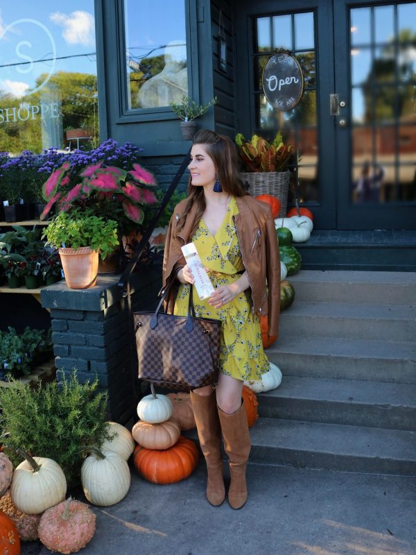 Himalayan Water | fashion on the go | fashion on the go outfit | what's in my purse | what's in my bag| whats in my purse essentials | yellow fall outfits | yellow fall outfits mustard