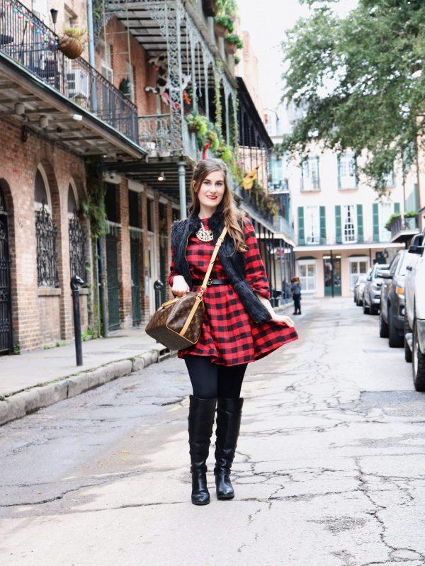 RED BLACK ROUND NECK PLAID DRESS | new orleans christmas | new orleans christmas French quarter | new orleans christmas 2018 | New Orleans French quarter | New Orleans things to do in | New Orleans food | New Orleans fashion | New Orleans outfit | plaid dress and black fur vest