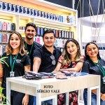 Casal cria loja online para pagar dívidas e constrói a maior rede de maquiagens do Acre em 7 anos