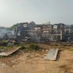 Ônibus são incendiados em possível ataque criminoso, diz bombeiros