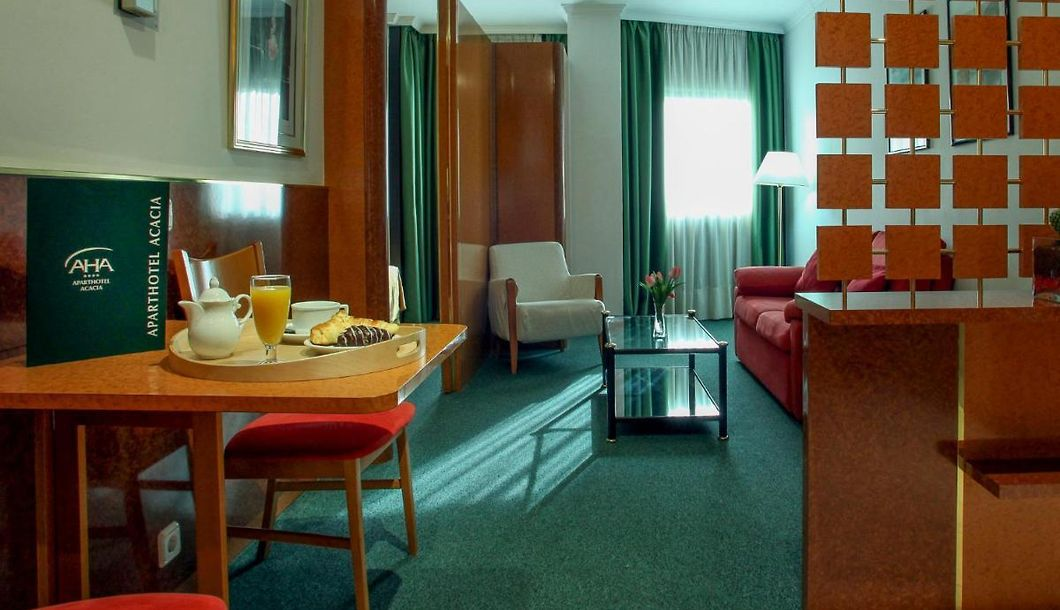 Acacia Suite Barcelona Book Family Accommodation In The