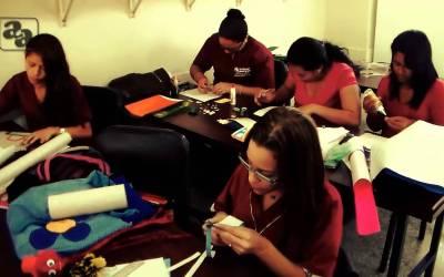 Academia Americana más de 50 años preparando a los venezolanos