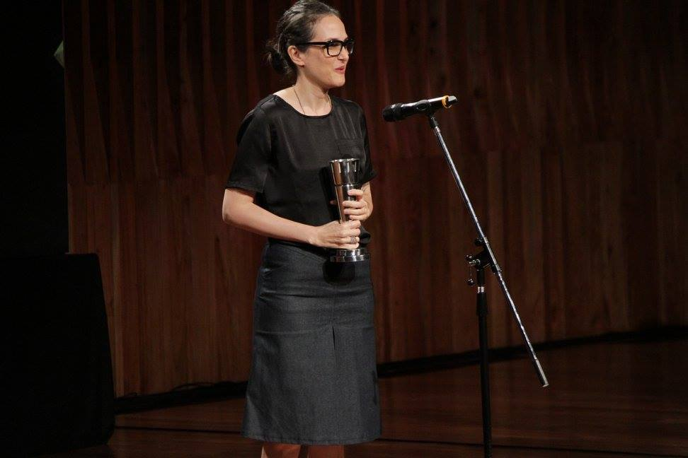 Eliane Katz (SAE) recibe el premio a Mejor Montaje