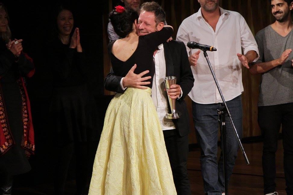 """Erica Rivas, protagonista de la película ganadora """"La Luz Incidente"""" y su director """"Ariel Rotter"""""""