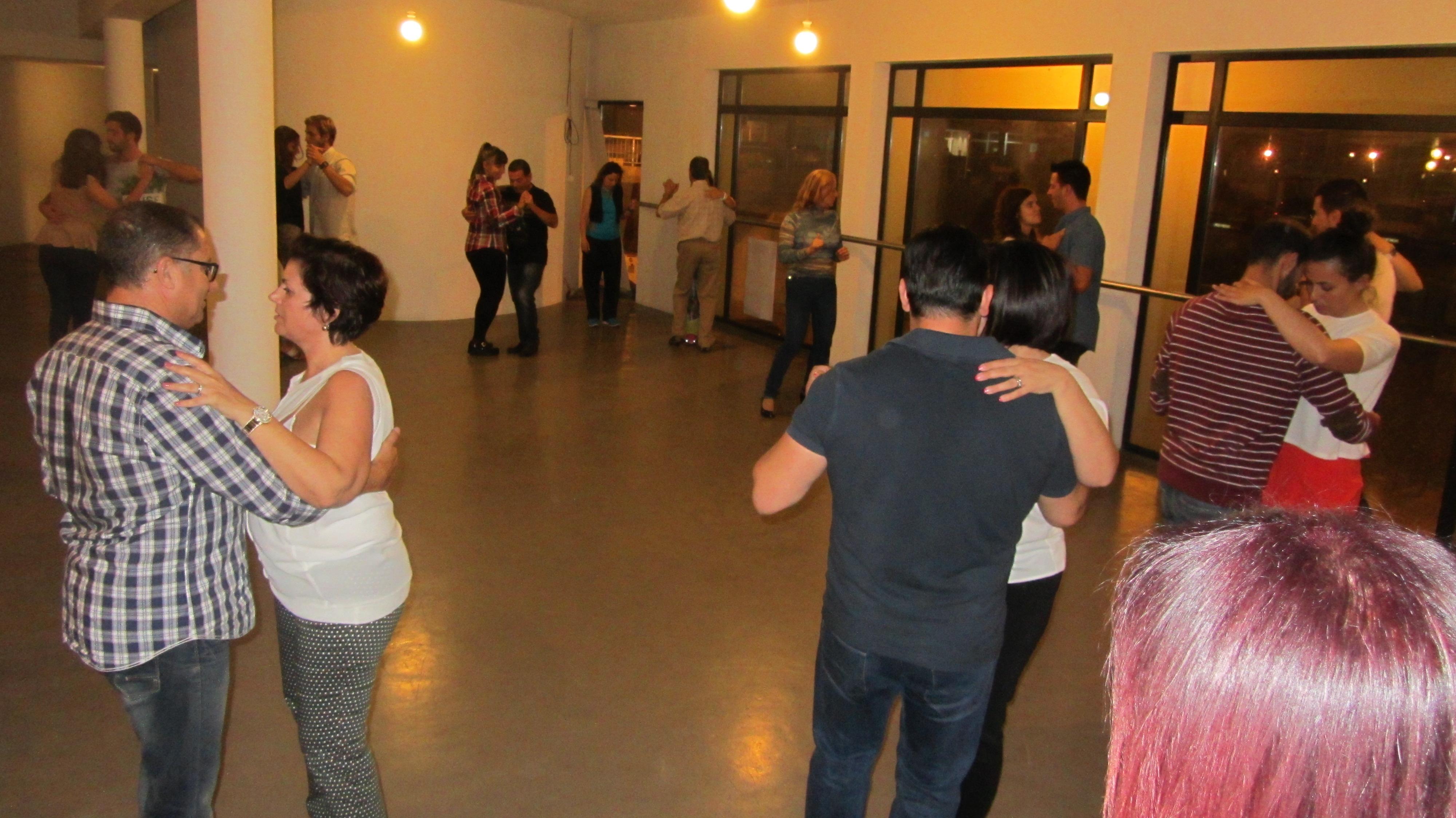 Aulas de Kizomba na Academia João Capela em Barcelos