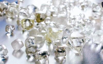 Avaliação de Diamantes em Bruto