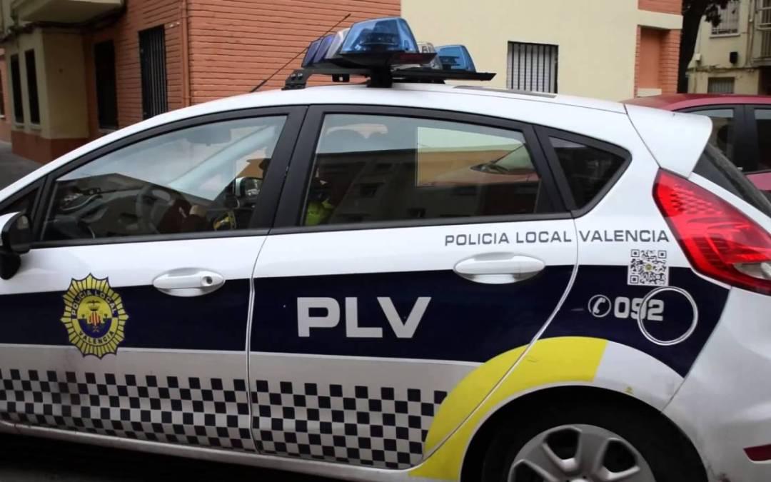 Anuncio del Excelentísimo Ayuntamiento Valencia sobre modificación bases convocatoria para proveer en propiedad 40 plazas Agente Policía Local.