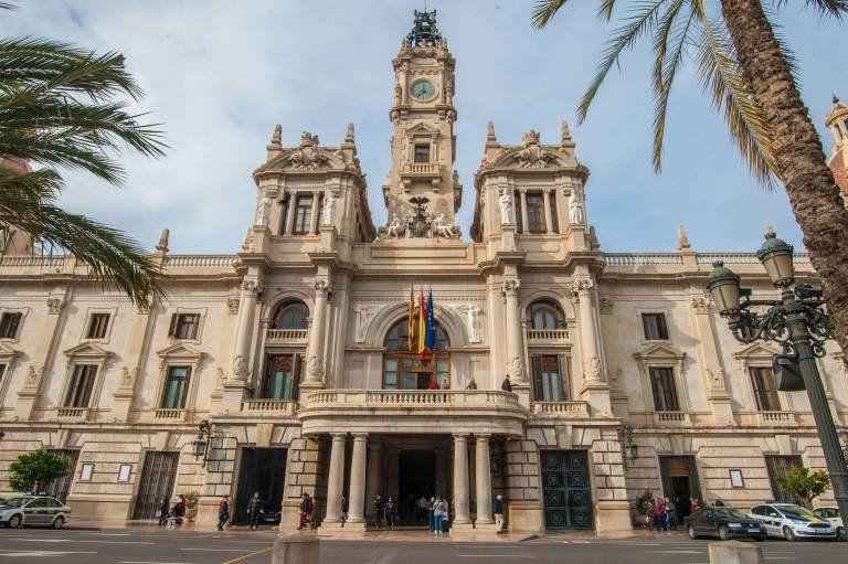 Ayuntamiento de Valencia – OEP 2018. 50 (+174 adicionales) Nuevas plazas de Policía Local y otros. Modificación de las bases de la convocatoria.