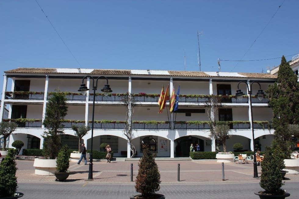 Ayuntamiento de Altea – 1 plaza de conserje y constitución bolsa de trabajo de subalternos.
