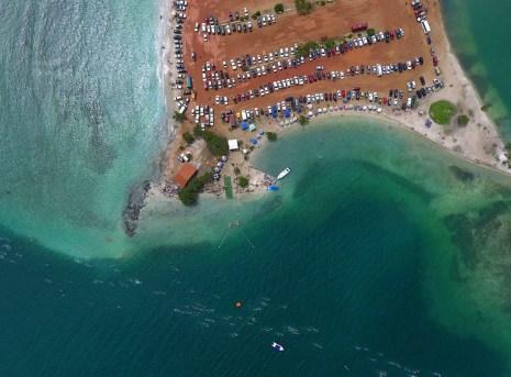 El I Campeonato Nacional de Aguas Abiertas Morrocoy 2017 se realizó en playa Punta Brava.