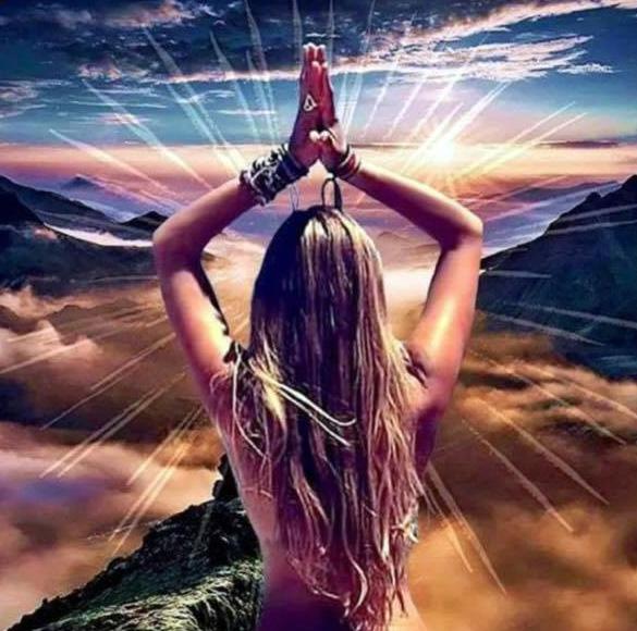 développer vos Capacités extra-sensorielles, vos Connexions Spirituelles et Médiumniques