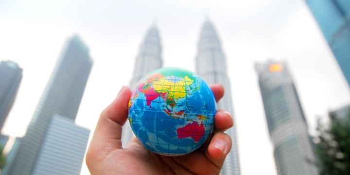 ¿Qué tan «globales» son las variables globales en PHP?