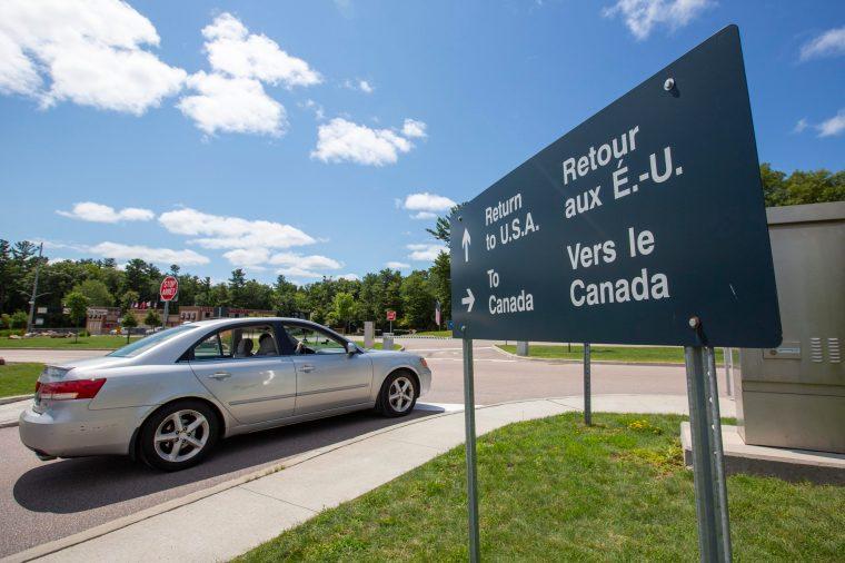 Les États-Unis vont ouvrir la frontière terrestre avec le Canada en novembre