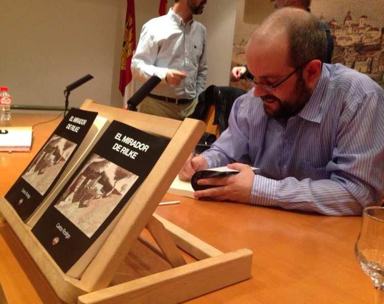 Carlos Rodrigo presentó en Toledo «El mirador de Rilke»