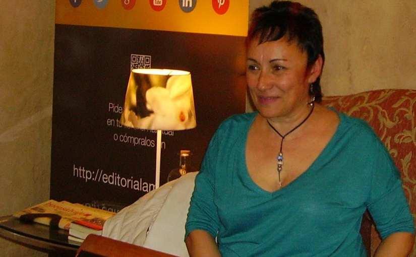 Encuentro con Esther Aparicio en Cervantes y Cía