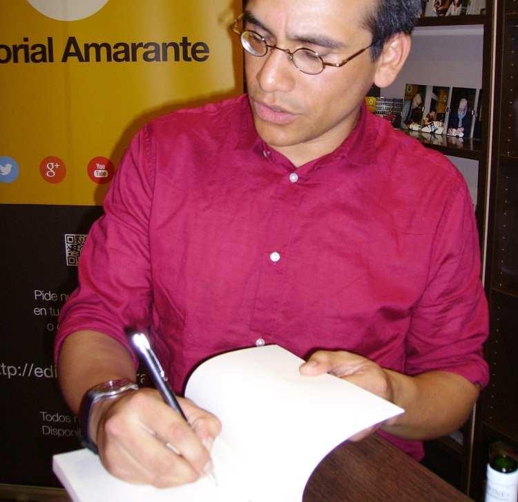 Erasmo Cachay presentó en Madrid «La casa Dreyfuss»