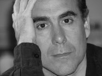 """Vicente Álvarez presentó """"Más allá hay dragones"""" en Espacio Amarante"""