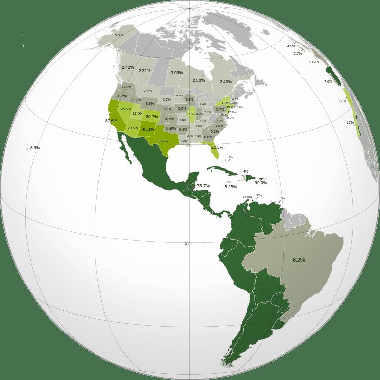 Proyección ortográfica de Hispanoamérica y el porcentaje de hispanoparlantes en América vía Wikimedia Commons.