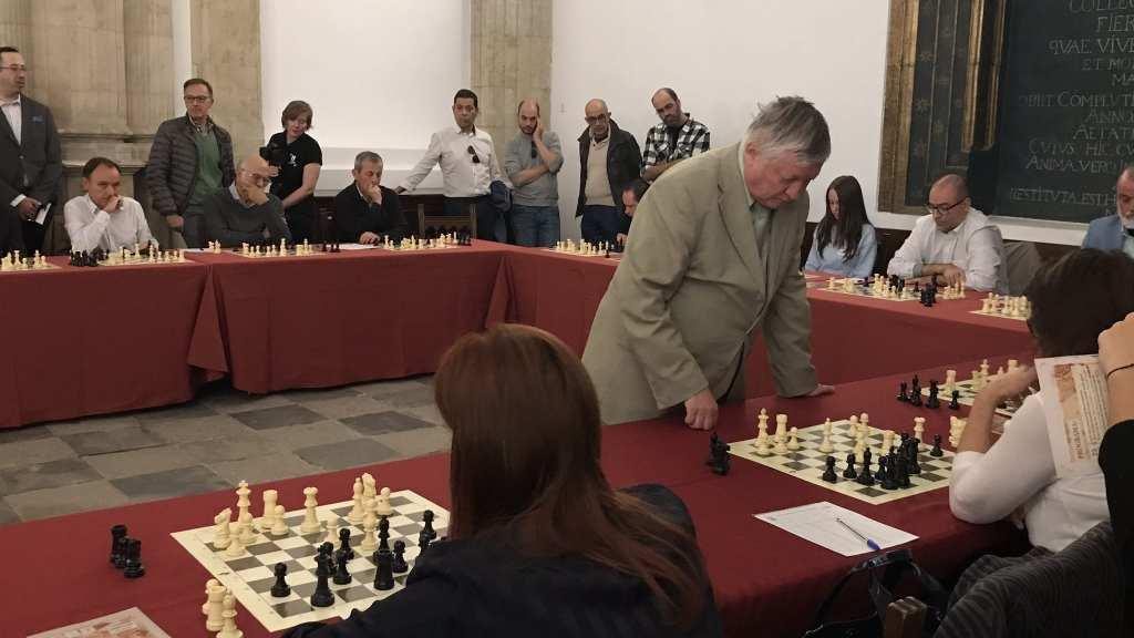 Manual Ajedrez 2018 Salamanca - 46 - karpov