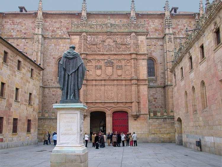 Salamanca rinde homenaje a la filantropía jurídica
