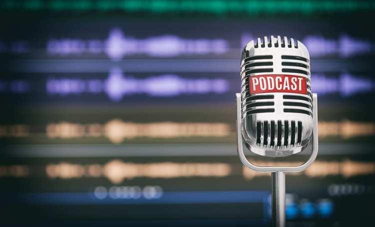 """La serie de podcast """"El Diván de Chus"""" llega a Acalanda Magazine"""