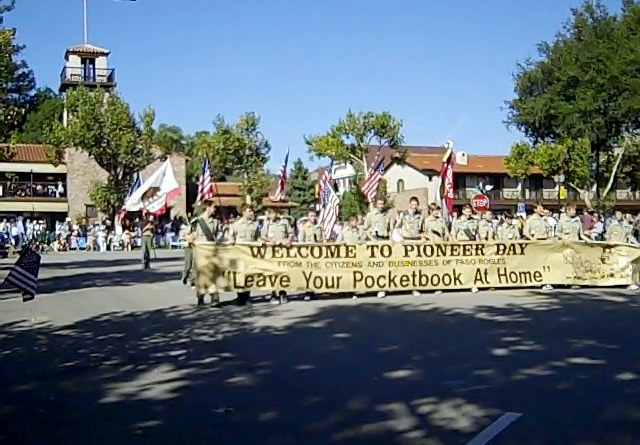 Banner for 2010 Pioneer Day Parade, © B. Radisavljevic