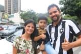 Após classificação do Botafogo, torcedores do Rio e de fora desfilam com a camisa nas ruas