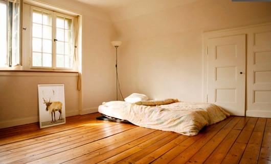 bed empty room