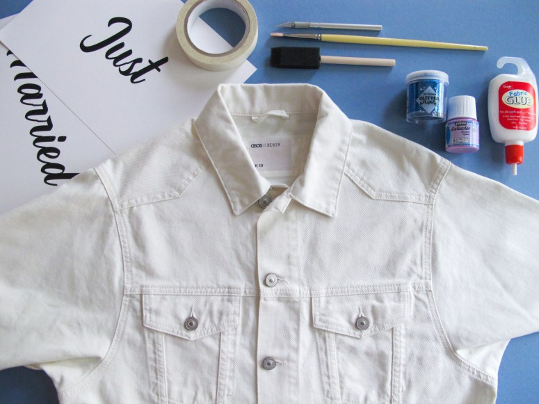 DIY - Veste Juste Married // Comment customiser une veste en jean pour mariée // How to make a denim jacket for a wedding // A Cardboard Dream Blog